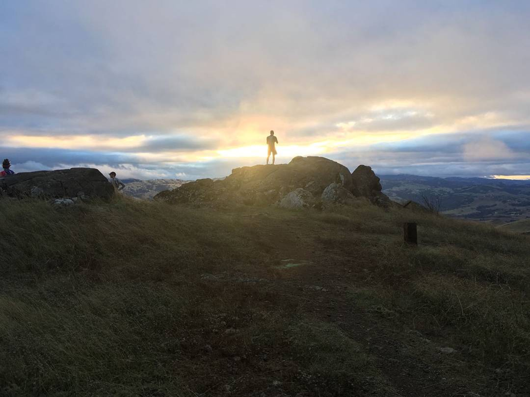 one last 12 miler up Monument Peak 8 days out from the race. see me? (PC: Saurabh)